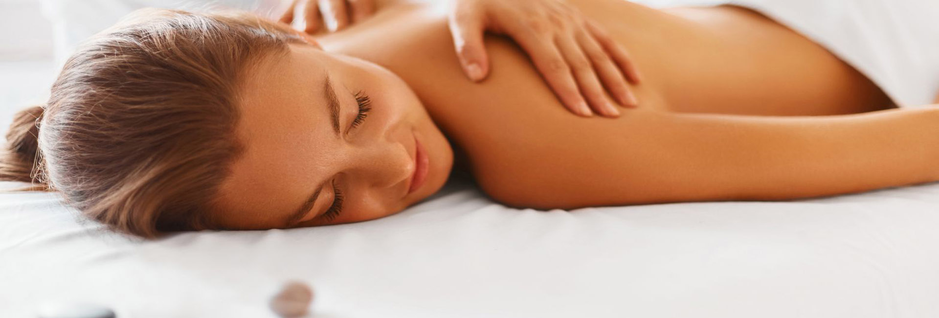 urbane-skin-5-star-massage1